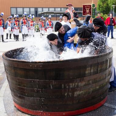Traditionen werden gelebt und gefeiert - z. B. bei unserer traditionellen Gautschfeier.