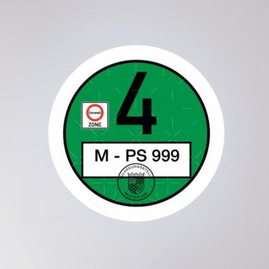 In jedem dritten Auto klebt eine Feinstaubplakette von uns - produziert mit vielen Sicherheitsfeatures.