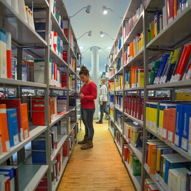 Bibliothek am Campus Ernst-Boehe-Straße
