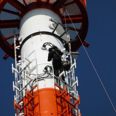 Wartungsarbeiten am Turm