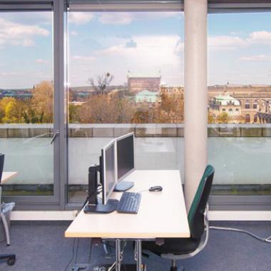 IT-Trainings in Dresden: Ein herrlicher Blick über die historische Altstadt samt Semperoper inklusive.
