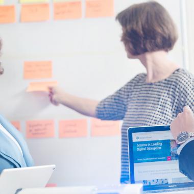 Arbeiten bei Wolters Kluwer - Produktmanagement Content (Mitarbeitershooting)
