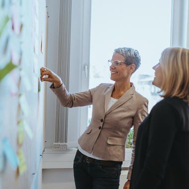 Im Rahmen unserer Personalentwicklung bieten wir unseren Beschäftigten auch ein Coaching an.  Denn die Entfaltung des individuellen Potentials ist uns genauso wichtig wie fachliche Kompetenzen zu fö...