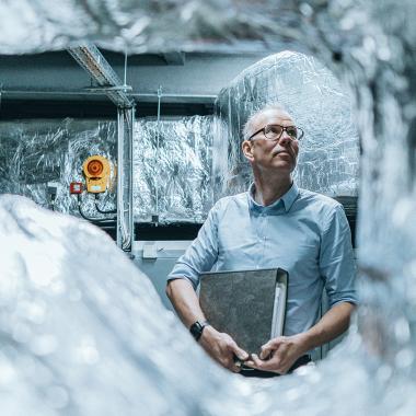 Anspruchsvolle Bauprojekte: Das neue Labor- und Seminargebäude der FH Kiel hat eine hochmoderne Technikzentrale erhalten, in der alle Versorgungseinheiten wie Lüftung, Elektronik, Stark- und ...