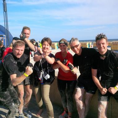 Gemeinsame Teamevents finden im Rahmen von Laufveranstaltungen und Teilnahmen an anderen sportlichen Events  regelmäßig bei LLOYD statt. Denn nur gemeinsam ist man stark!
