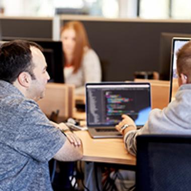 AXRO - Zukunftsweisende Softwarelösungen