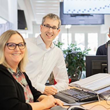 AXRO - Partner für Office Supplies & Hardware