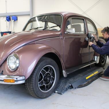 Fahrzeugpflege und Fahrzeugaufbereitung