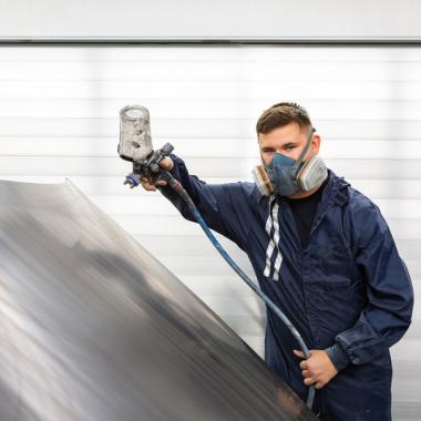Im Kießling Lackier- und Karosseriezentrum Fürth GmbH arbeitest du in einem neuen und sehr gut ausgestatteten Lackierzentrum, das alle Ansprüche an eine umweltschonende und angenehme ...