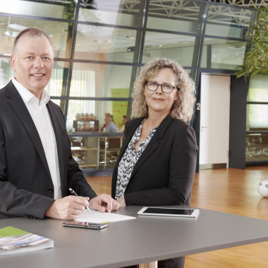 Unsere Geschäftsführung: Herr Andreas Kötter (Sprecher der Geschäftsführung) und Frau Christiane Jansen