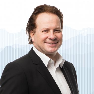 Simon Boss, Inhaber + CEO