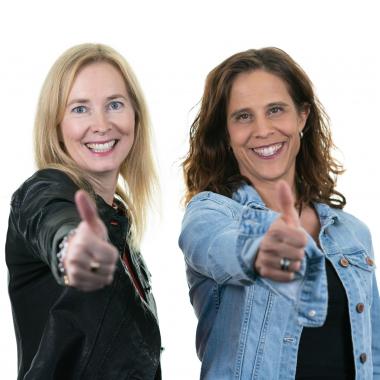 Sandra und Mirja aus dem Recruiting-Team freuen sich auf eure Bewerbung!