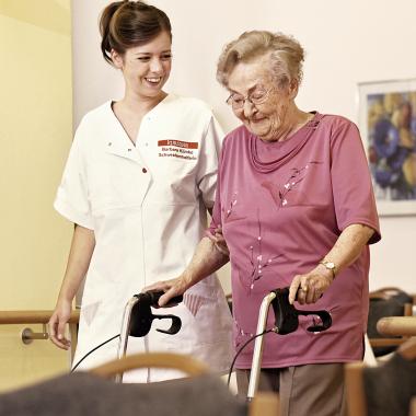 Kursana, Seniorenpflege und -betreuung.