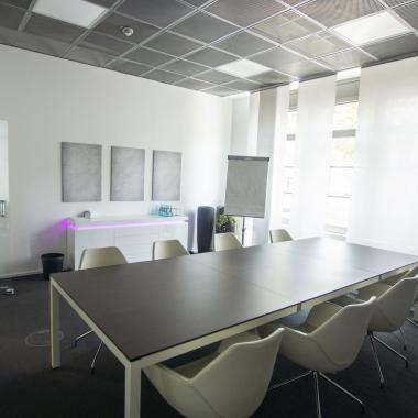 Wie unsere Konferenzräume benannt sind? Natürlich nach den besten Stadtteilen Frankfurts... Sachsenhausen, Bornheim, Bockenheim, Westend... Welcher ist dein liebster Stadtteil?