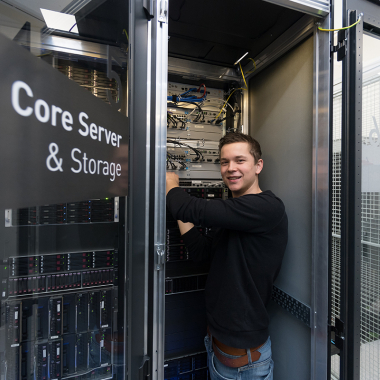 Hochprofessionelle achermann Datacenter in Luzern und Zürich