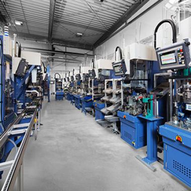 Prozessautomation Die Prozessindustrie ist im Wandel und fordert individuell gesteuerte, prozessübergreifende und vor allem den Sicherheitsbestimmungen entsprechende Automatisierungslösungen.