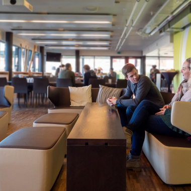 """Scout24 wurde von der BILANZ und Le Temps in der Kategorie """"Internet, Telekommunikation und IT"""" als einer der besten Arbeitgeber 2020 ausgezeichnet."""
