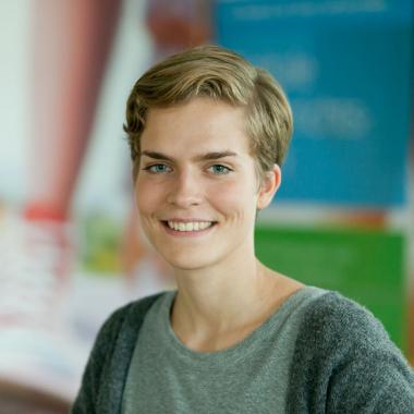 Elisabeth Wentker | Studentische Aushilfe im Recruiting: Von Beginn an wurde und werde ich in spannende Aufgaben und Projekte eingebunden und kann so wertvolle Arbeitserfahrung sammeln. Mein tolles ...