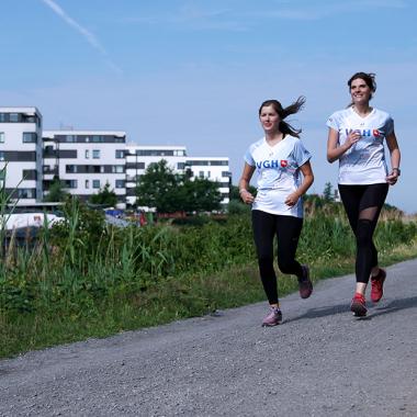 Auch das Thema Sport und Gesundheit wird bei der VGH großgeschrieben. Es gibt diverse Betriebssportgruppen, z. B. Hindernislauf.