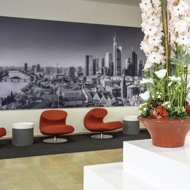 Empfangsbereich der Konzernzentrale in Frankfurt am Main