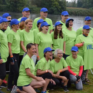 Es geht nur gemeinsam: Das Team der VMLS beim Hanauer Drachenbootrennen