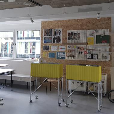 Einblick in unseren Innovationsraum. Hier werden neue, zukunftsweisende Ideen für Dienstleistungen und Produkte für die Kunden und potenziellen Kunden von Westlotto geschaffen.