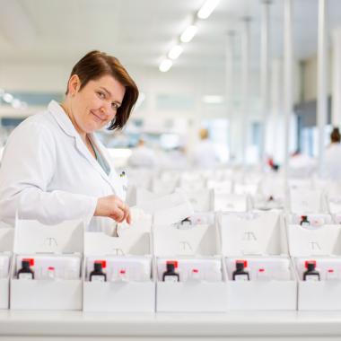 In unserer Produktion werden die medizinschen Testkomponenten hergestellt und die Einzelteile in einem Testsystem zusammengesetzt. Quereinsteiger sind hier herzlich willkommen!