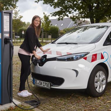 Ladesäulen und Wallboxen für klimafreundliche E-Autos
