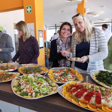 Vitamine und Energie pur bei der jährlich stattfindenden weltweiten Aktionswoche für Sicherheit und Gesundheit am Arbeitsplatz - unsere Mitarbeiter lieben es!