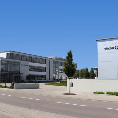 Das Verwaltungsgebäude am Hauptsitz in Offenbach an der Queich
