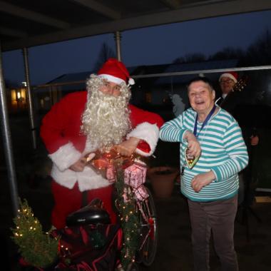 Unser Weihnachtsmann hat für viel Freude und vorweihnachtliche Stimmung gesorgt!