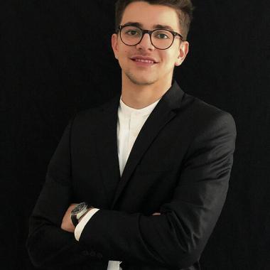 Francesco Campobasso, Junior Consultant, Auszubildender, Köln