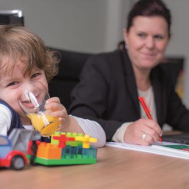 Arbeiten im Eltern-Kind-Büro - bei uns möglich!