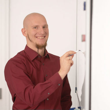 """In der """"Meile"""" (Zentrale in Heidelberg), Stellvertretender Bereichsleiter """"Life Science"""" Nicolai Haag"""