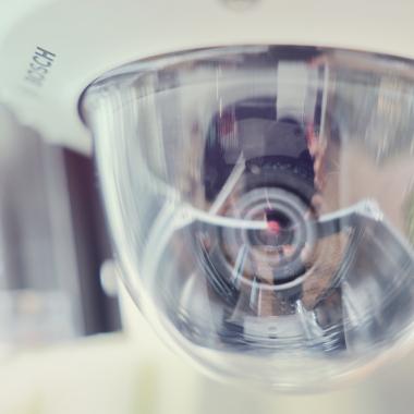 Unsere Kameras sind mit Infrarot und vielen weiteren Raffinessen ausgestattet – für maximale Sicherheit.