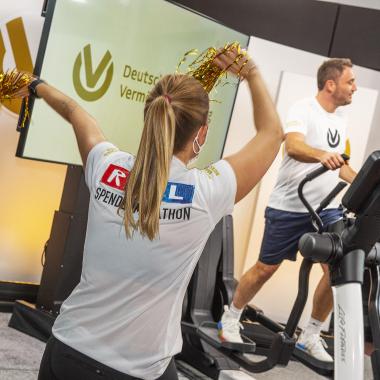 Gemeinsam Gutes tun – mit Teamgeist, Spaß und Begeisterung (beim RTL-Spendenmarathon)
