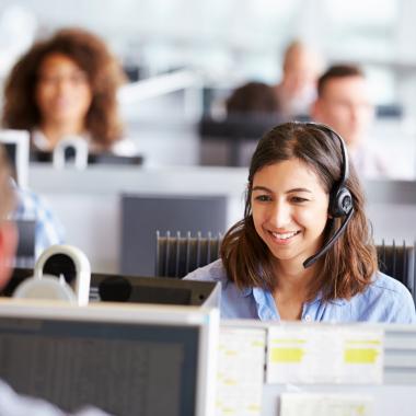 Nicht nur untereinander ist die freundliche und wertschätzende Kommunikation ein wichtiger Bestandteil unserer Arbeit, sondern auch im täglichen Umgang mit unseren Kunden