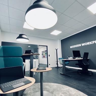 "Frings Systemhausgruppe | Unser Showroom ""Modern Workplace"" | Kleinhülsen 31 | Hilden"