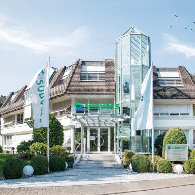 Hauptsitz in Au bei Freiburg