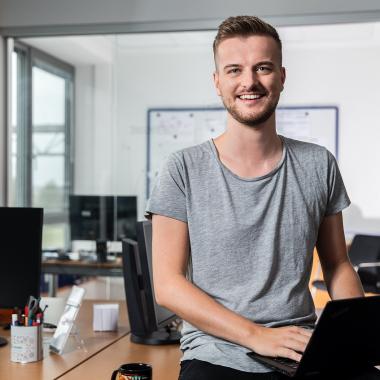 Arbeiten im Bereich IT: Spannende Aufgaben – gruppenweit.