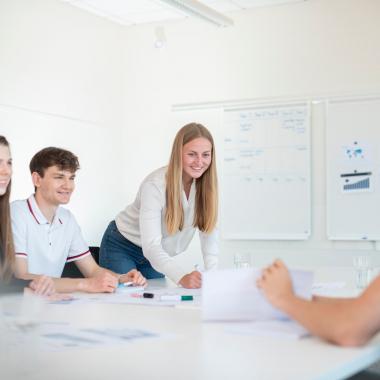 Ausgezeichnetes Ausbildungskonzept mit Berufsausbildung, Dualem Studium und Trainee-Programm