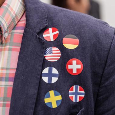 Als internationales Unternehmen sind wir heute in 6 europäischen Ländern vertreten: Schweden, Norwegen, Finnland, Dänemark, Deutschland und die Schweiz. Sprachbarrieren überbrücken durch das ...
