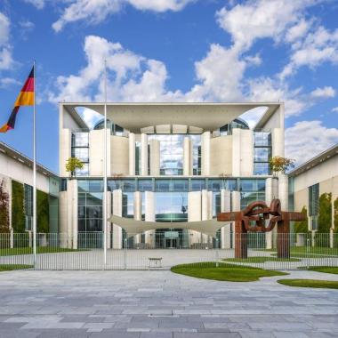 Bundeskanzleramt aus Dyckerhoff Weisszement