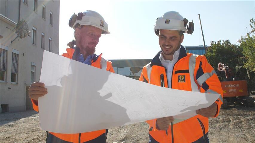 Bauleiter und Polier
