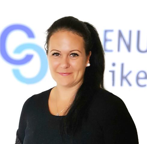 Frau Schwarz (Leitung Reinigung) verbindet mit der Celenus Fachklinik Bromerhof Familie, Freude und Menschlichkeit https://www.celenus-karriere.de/celenus-als-arbeitgeber/interviewserfolgsgeschichten/