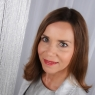 Sabine Cox, Personalleitung