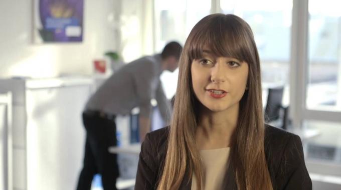 Ehemalige Lernende Valentina zur Entscheidung für die Allianz Suisse