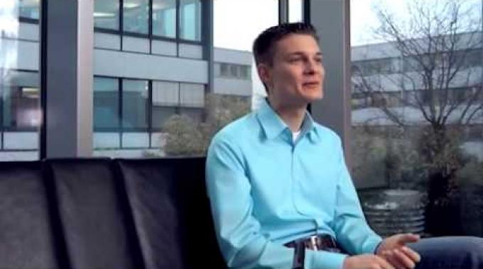 Vom Einstieg bis zur Übernahme -- Fachinformatiker bei der Volkswagen Financial Services AG