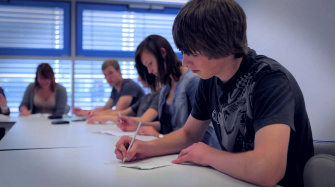 Festo Ausbildung - Duales Studium bei der Festo AG & Co. KG