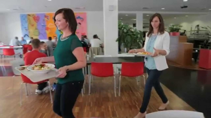 Dell Halle Team Members Talk About Life at Dell Germany